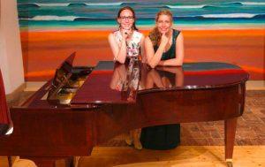Pianistin Sarah Hiller  und Sopranistin Miriam Möckl