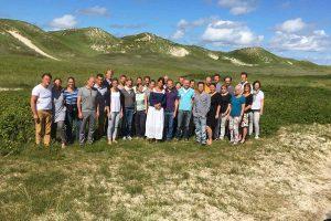 Gruppenbild an der Dünenschule