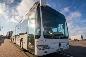Wieder zu jedem Schiff unterwegs... die Busse der WDR