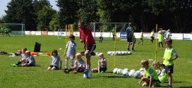 """Bereits zum 12. Mal war die """"Soccer Academy"""" von Ex-Fußballprofi Thomas Seeliger auf Amrum zu Gast…"""
