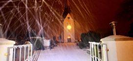 Schneeflöckchen in der Nacht …