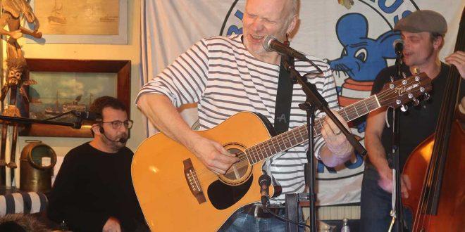 Aufnahmestudio Blaue Maus: Crazy Horst macht neue CD