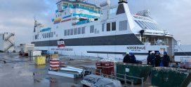 Die Wyker Dampfschiffs-Reederei muss weiter auf die Auslieferung der neuen Doppelendfähre warten …