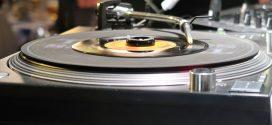 Der Sound von1968 – ein Abend mit Musik vom Plattenteller in sattem Mono in der Blauen Maus …