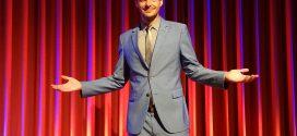 """""""Ausnahmezustand""""! – Kabarettist Florian Schroeder war mit seinem neuen Bühnenprogramm auf Amrum zu Gast …"""