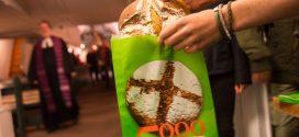 5000 Brote – Konfirmandenbacken für die Welt