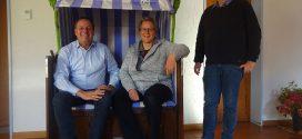 Ein Strandkorb kommt nach seinem Einsatz im Rahmen des Lutherjahres in Wittenberg nach Hause auf die Nordseeinsel Amrum…